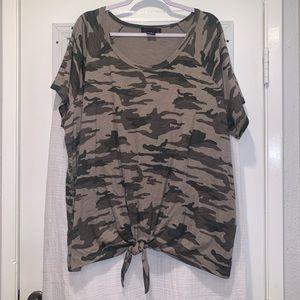 Sanctuary Camo Tie Hem T-Shirt Size 3X NWOT
